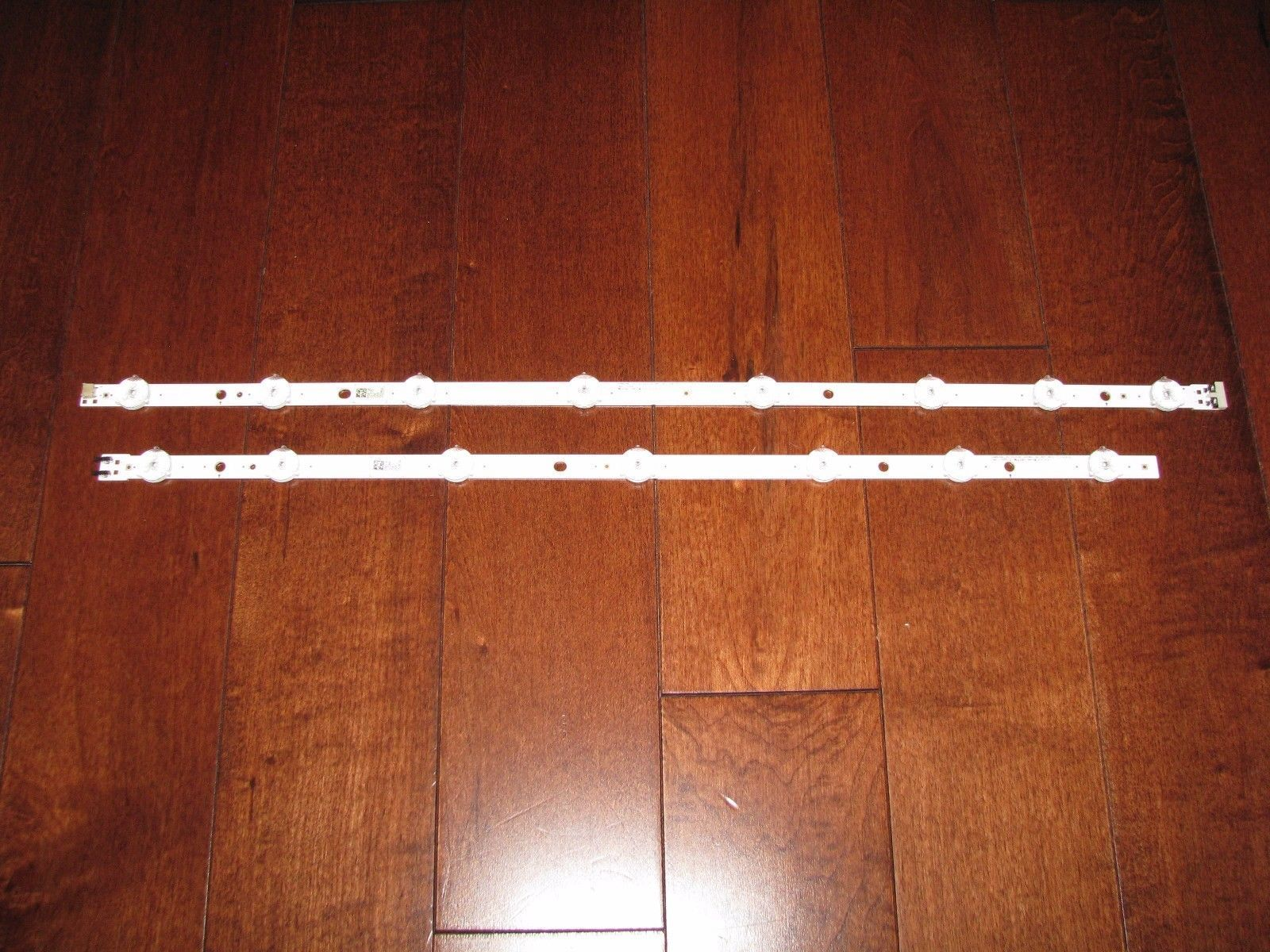Samsung UN50J6200 and others LED Strip Pair BN96 35206A BN96 35207A